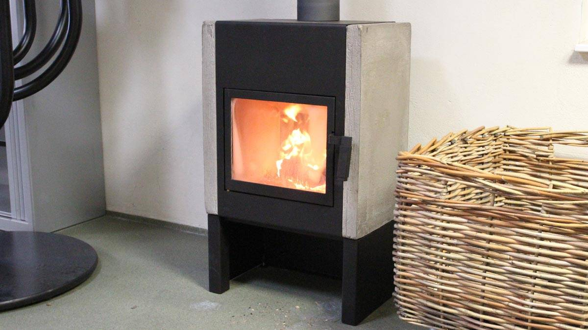 Connected stoves; Fuga and Wald and in the office the Lobbe and the Mats. Take a look at the dealer page for the current setting..